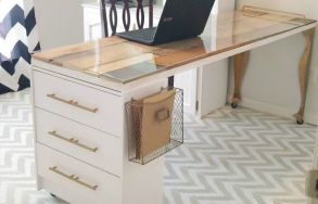 gallery-1447105479-gallery-1440522436-whole-desk-1024x659