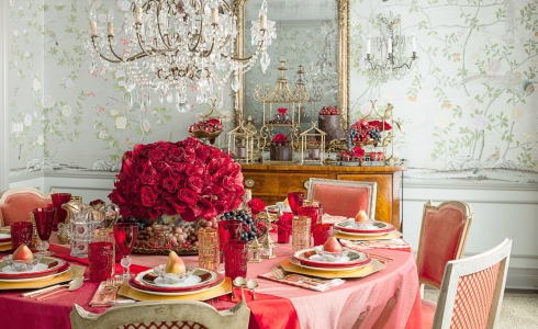 5-Dining-Room-Table-Ideas-for-Valentines-Day-2