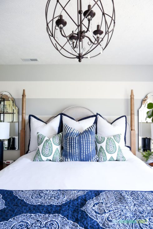 blue-green-guest-bedroom-summer-pillows-683x1024.jpg