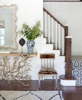 e1a754267c7a56eab2d18ef2fc9f295e--entry-ways-console-table.jpg