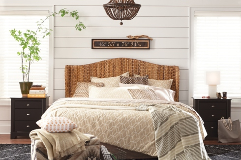 34-72G-ModernFarmhouse-Bedroom-C16-820x545